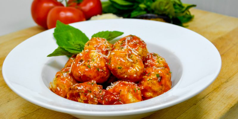 Chicken_Meatballs_Marinara_Glamour_Sm