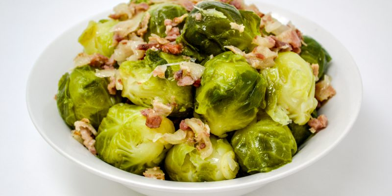 BrusselSprouts_Bacon_Glamour_Sm